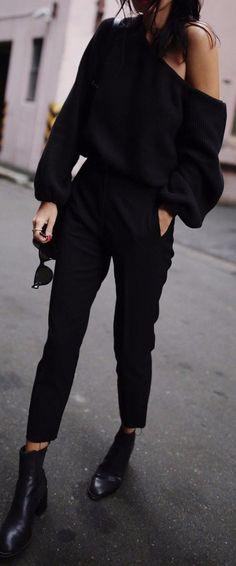 black on black casual outfit idea