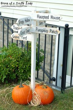 This Halloween inspired sign repurposes scrap wood and adds friendly curb appeal to your home.