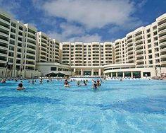 Royal Sands, Boulevard Kukulcan No. 32 Seccion A Segunda Etapa, Zona Hotelera, Cancun, Mexico (Click For Current Rate)