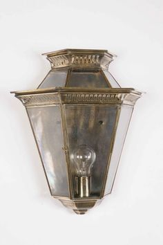 Period Outside Wall Lights : 1000+ images about Exterior lighting / Traditional on Pinterest Wall lantern, Wall brackets ...