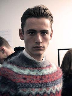 Random guys in knitted sweaters. Nordic Sweater, Men Sweater, Cool Sweaters, Sweaters For Women, Daily Fashion, Mens Fashion, Norwegian Knitting, Icelandic Sweaters, Knitwear