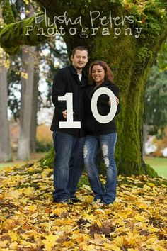 10 year anniversary picturesxcchu from hh couple tr h hr Beggs – Anniversary 10th Wedding Anniversary Gift, Ten Year Anniversary, Anniversary Pictures, Marriage Anniversary, Anniversary Photography, 10 Years, Photo Ideas, Picture Ideas, Portraits