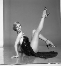 fakes nude Sandy duncan