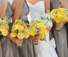 Yellow Flower arrangements for that perfect vintage inspired wedding!