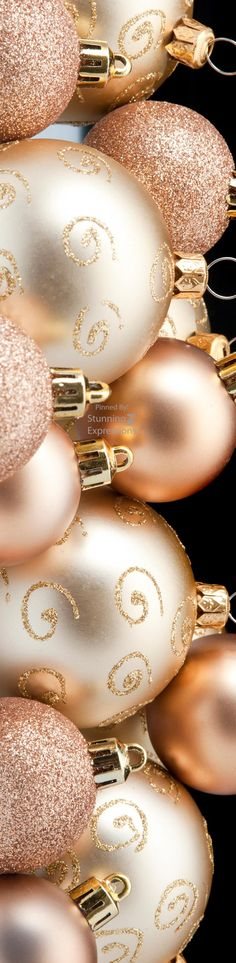 Rose gold Christmas  #Luxurydotcom