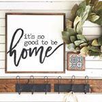 "827 Likes, 63 Comments - CAROLINE    VINE+BRANCHES (@vineandbranchestx) on Instagram: ""happy monday, friends    LOVING this cozy corner in my IRL friend vanessa's @urban.farm.girl home!!…"""