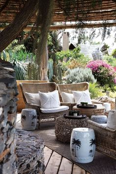 Find garden stool ideas for the patio and home on domino. Domino shares ideas for using garden stools as versatile additions to your indoor or outdoor decor. Outdoor Areas, Outdoor Rooms, Outdoor Living, Outdoor Decor, Outdoor Lounge, Used Outdoor Furniture, Rattan Furniture, Wicker Chairs, Antique Furniture