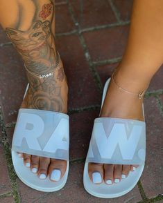 Check girls sport flip flops, clean water sandals, & more constructed for consolation & toughness. Cute Sandals, Slide Sandals, Cute Shoes, Me Too Shoes, Shoes Sandals, Shoes Sneakers, Shoes Men, Sac Moschino, Sneakers Fashion