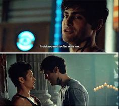 That scene was so intense Alec was such epic Immortal Instruments, Shadowhunters Season 3, Magnus And Alec, Shadowhunters The Mortal Instruments, Matthew Daddario, Alec Lightwood, Movie Couples, City Of Bones, The Infernal Devices