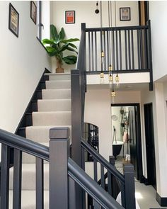 House Staircase, Staircase Remodel, Staircase Makeover, Staircase Runner, Staircase Design, House Extension Design, House Design, Painted Staircases, Spiral Staircases