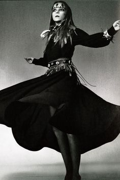 Penelope Tree by David Bailey for Vogue Italia, July 1970 - dress by Yves Saint Laurent, accessories by Laccio Davanti