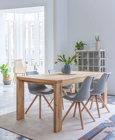 To improve your creativity in designing, you must take a look at the minimalist dining room design ideas beautified with rustic accents. Dining Room Design, Interior Design Living Room, Living Room Decor, Minimalist Dining Room, Sweet Home, Dining Room Inspiration, Furniture Inspiration, Home Fashion, Home And Living
