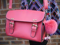 little pink bag, luv the pom pom