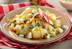 Try this potato salad the old-fashioned way, with eggs, fresh onion, capers and yogurt-mustard dressing. Pureed Food Recipes, Greek Recipes, Cake Recipes, Dessert Recipes, Desserts, Warm Potato Salads, Mustard Dressing, Salad Bar, Family Meals