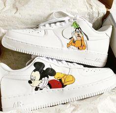 Cute Nike Shoes, Nike Air Shoes, Disney Shoes, Disney Outfits, Disney Fashion, Air Force One Shoes, Air Force Sneakers, Af1 Shoes, Shoes Sneakers