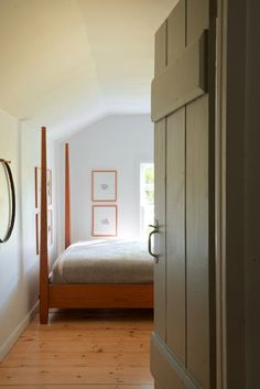 Simple slat/plank door