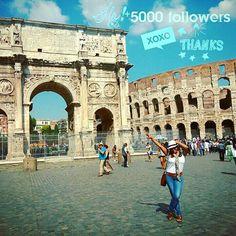 « La vida es como un espejo: Si sonrío, el espejo me devuelve la sonrisa. La actitud que tome frente a la vida, es la misma que la vida tomará ante mí » - Mahatma Gandhi - 🌟💯🙌 🙏 🕉💟🎉🎇5⃣0⃣0⃣0⃣ #Gracias 🎆😃😘🤗💕🏟🏛🌎☀💙 . ✨Arco de Constantino y Coliseo de Roma . . . #grateful #thankyou #followers #bliss#follow #thanks #wanderlust #coloseum #rome #instagramers #instamood #instatravel #instapic #goodvibes #love #wellness #amazing #tagsforlikes #nice #travel #motivation #follows…