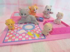 Vintage Littlest Pet Shop Cats and Accessories Kenner Right In The Childhood, 90s Childhood, Childhood Memories, 90s Toys, Retro Toys, Vintage Toys, Small Kittens, Little Pet Shop, Orange Cats