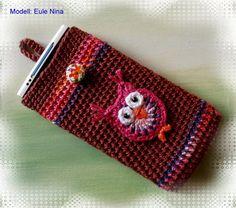 Handytaschen - Handy-Tasche-Handysocke-Handyhülle gehäkelt -Eule - ein Designerstück von jannes-haekelshop bei DaWanda