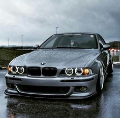 Do you want to see more BMW's like this, in our Page? Bmw E30 M3, Bmw 328i, Motos Bmw, Bmw Motorcycles, Bmw E39 Touring, E36 Coupe, Bmw Wallpapers, Bmw Autos, Bmw Wagon