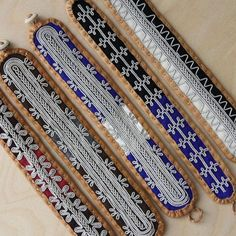 Bildresultat för how to do the double snowflake braid Sami bracelet Macrame Jewelry, Diy Jewelry, Jewelry Making, Jewellery, Leather Art, Leather Jewelry, Color Shapes, Handicraft, Snowflakes