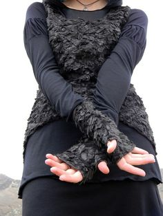 Soft and peculiar - Crow Feather Gloves by CrowsCloth
