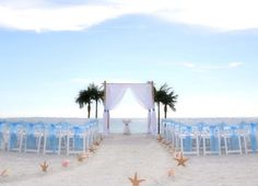Our Suncoast Weddings sweeping aisle makes for a dramatic walk to the arch