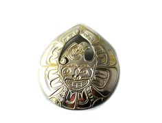 Coast Salish Thunderbird Pendant/Brooch made by Alfred Seaweed. Native Art, First Nations, Seaweed, Knits, Nativity, Silver Jewelry, Coast, Brooch, Personalized Items