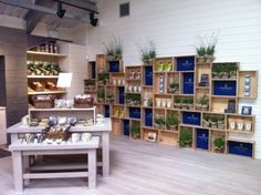 Cool wall module made of crates retail wall displays, store displays, farm shop, Retail Wall Displays, Shop Window Displays, Store Displays, Display Window, Display Shelves, Wall Shelves, Shelving, Shop Interior Design, Retail Design