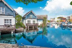 <P>Exklusives Feriendorf mit eigenem Yachthafen, glasüberdachter Piazza und riesiger Badelandschaft mit Wellnessbereich. Viele Sportmöglichkeiten und Animation für kleine Gäste! </P>