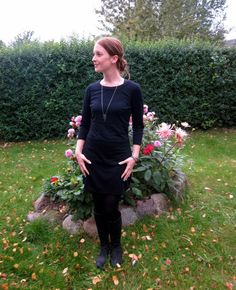 Look of the day: Simply Black. See all the details here: http://www.kathrinerostrup.dk/2012/09/dagens-outfit-simply-black/