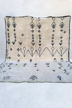 A hand knotted and oh-so-soft Beni Ourain rug. This plush pile will add warmth, comfort, and style to your space. Hand Knotted Rugs, Hand Weaving, Air Plant Display, Natural Fiber Rugs, Moroccan Berber Rug, Wool Carpet, Custom Rugs, Rug Making, Bohemian Rug