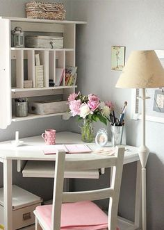 Small Office Home Office Design Ideas – Whether you have a dedicated home office room or you… Small Space Office, Home Office Space, Home Office Design, Home Office Decor, Office Furniture, Small Spaces, Office Ideas, Home Decor, Office Designs