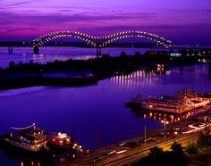 You don't know how wide the Mississippi is until you witness it. Memphis, Tennessee, Hernando DeSoto Bridge over Mississippi River Places To Travel, Places To See, Beautiful World, Beautiful Places, Beautiful Pictures, Memphis Tennessee, Downtown Memphis, Memphis City, Nashville