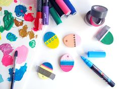Easter eggs decoration and homemade clay Diy And Crafts, Arts And Crafts, Homemade Clay, St Paddys Day, Paperclay, Posca, Polymer Clay Creations, Egg Decorating, Holiday Activities