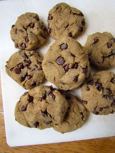 Gluten Free, flour free, Chick Pea Chocolate Chip Cookies..1.5 cup cooked chick peas (15 oz can, rinsed and drained) 5 medjool dates, pits removed 2 Tbsp maple syrup (optional) 1/3 c nut butter 1/2 tsp vanilla 1/2 tbsp baking powder 1/2 c mini chocolate chips