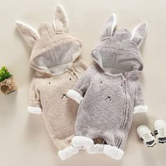 Stylish Rabbit Modelling Hooded Jumpsuit for Babies