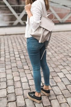 white blouse with cut-outs, vegan matt & nat backpack, black superga plateau shoes and jeans by blogger annalaurakummer