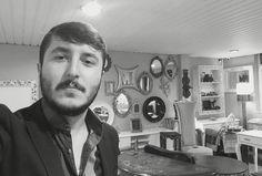 #hüseyintırlı #hussein #husseintirli #alitirlihandmadefurniture #alitirli @alitirli @alitirli #classicfurniture #selfie #cuma #homedecor #homeart #lifestyle #beyoğlu #başakşehir #istanbul #turkey #qatar #interiordesign #interior