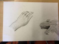 Vandaag heb ik de hand bijna afgemaakt en als ik die de volgenende les afmaak kan ik de hand en de draak uitknippen en opplakken omdat ik niet genoeg tijd heb om de tekening te schilderen