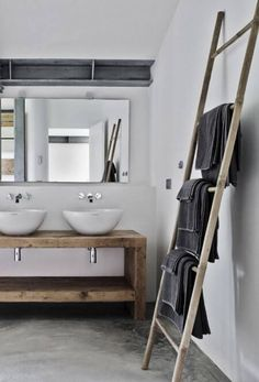 Bathroom - wood - legno massello - design - trend