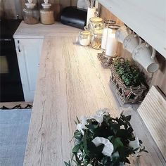 A country look in your kitchen with Pino Aurelio washed rustic woodgrain . hard to believe it's sticky back plastic! Diy On A Budget, Kitchen Makeover, Wood Grain, Diy Home Decor, Sticky Back Plastic, Home Decor, Kitchen Wrap, Kitchen Vinyl, Coffee Table