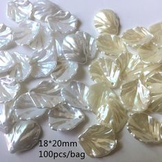 BULK CHARMS  LOW PRICE  Shiny Pearl Petal Charms in 2 Colours & Sizes      FREE DELIVERY