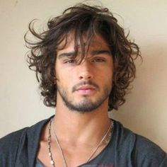 Model Marlon Teixeira is a sexy blend of European, Native American and Japanese descent. Model Marlon Teixeira is a sexy blend of European, Native American and Japanese descent. Medium Hair Styles, Curly Hair Styles, Messy Curly Hair, Thick Hair, Tousled Hair, Long Curly Hair Men, Messy Curls, Guys With Curly Hair, Long Curls