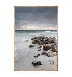 Danske Foto Factory har fokus på naturen i deres fotokunst. Motiverne er fra forskellige locations rundt i Danmark.  Med denne flotte plakat får du naturen og roen indenfor i dit hjem.  A3 - 29,7x42 cm. Uden ramme.