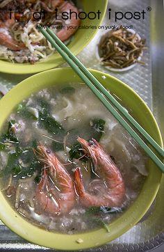 Ban Mian Soup 2: http://ieatishootipost.sg/seletar-shen-mian-just-follow-queue/