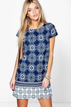 Ella Border Print Paisley Shift Dress - Dresses - Street Style, Fashion Looks And Outfit Ideas For Spring And Summer 2017 Casual Day Dresses, Simple Dresses, Summer Dresses, Shift Dresses, Shift Dress Outfit, Sun Dresses, Maxi Dresses, Shift Dress Pattern, Dress Patterns