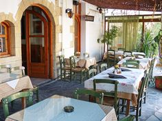 nice taverna in episkopi- kreta Crete, Strand, Beautiful Pictures, Restaurant, Patio, Nice, Places, Outdoor Decor, People