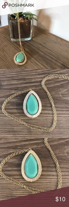 "Reversible Long Pendant Necklace SELLER DISCOUNT - 15% OFF 2+ items!  This classic, gold statement pendant is reversible depending on how fancy you want to be!  Color: goldtone link chain with light jade green pendant - reversible (crystal or textured gold pendant edge)  Length: 32""  Former fashion buyer and active Posher since 2015! Adult owned, smoke-free home. I take care of my merchandise; it is in excellent condition (unless specifically mentioned). All items ship within 1-2 business…"