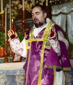 Saint Padre Pio stigmata, mystic saying mass